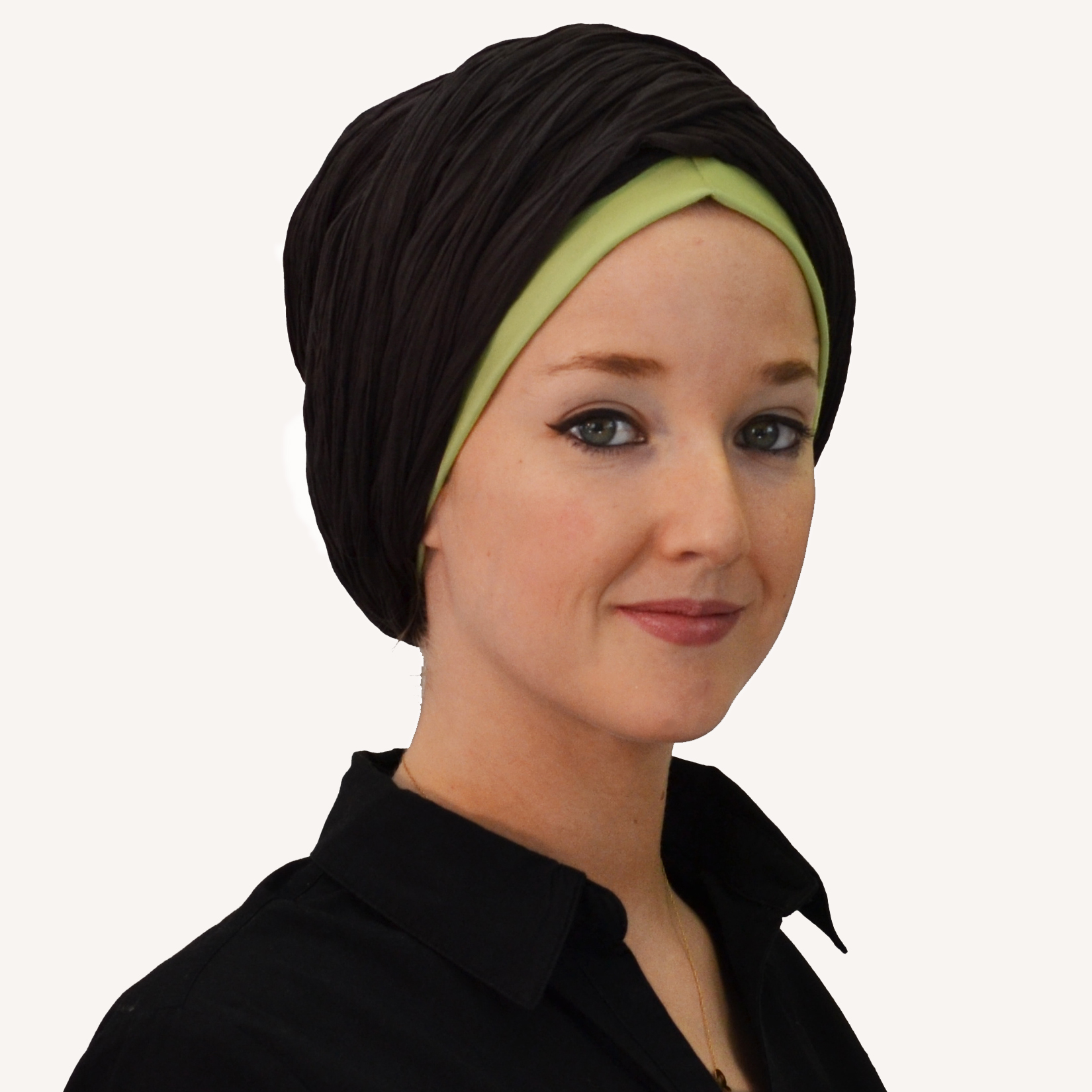 c9ce16c4f947 Tutoriel 7  Comment Nouer un foulard sur la tête - façon turban