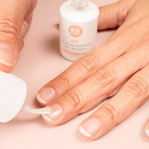 Solution MêMe Cosmetics fortifiante pour ongles